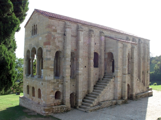 Santa María de Naranco  Mirabilia Ovetensia